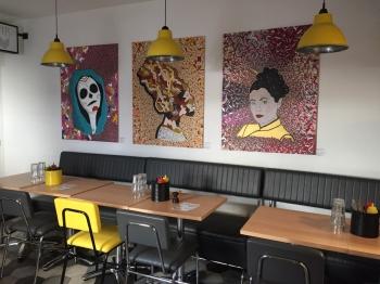 Exposition de tableaux de Thomas Marty au restaurant Yellow Corner