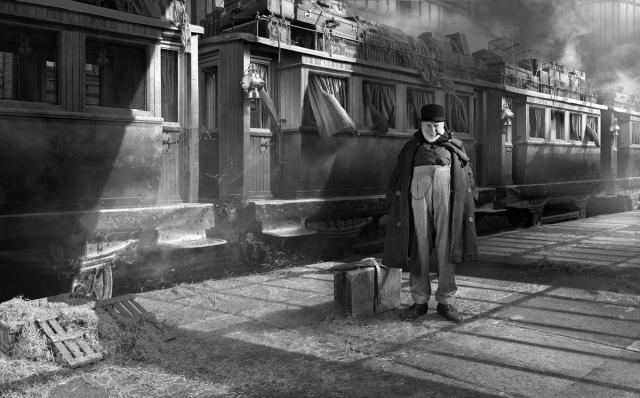 Michel lagarde, Maigret prend le train, 2016, tirage argentique sur dibond, 50x70cm